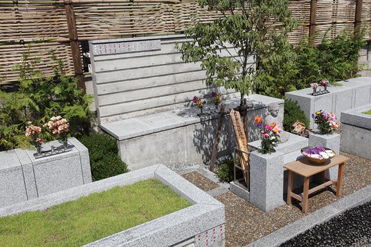 共同墓「ハナミズキ」
