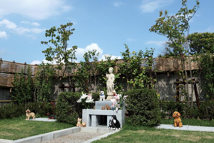 ペット共同墓「ヤマボウシ」