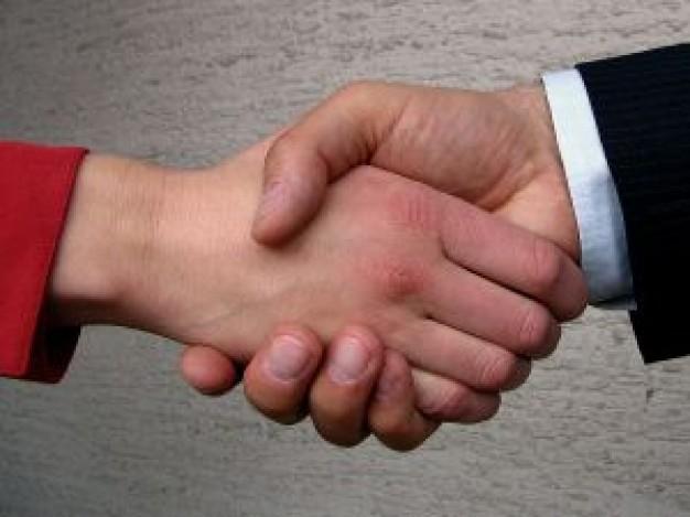 shaking-hands_2479608